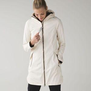 Lululemon Definitely Raining Rain Jacket Size 6